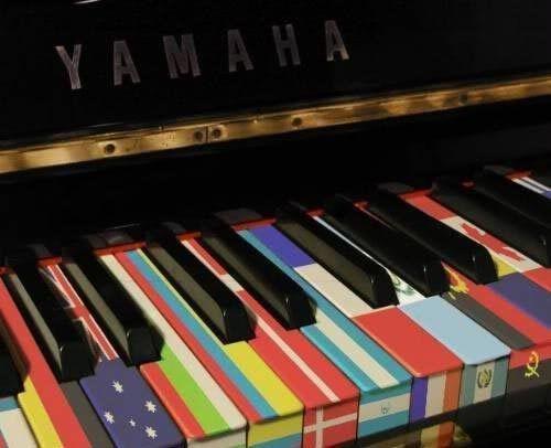 Pianos E50dd131